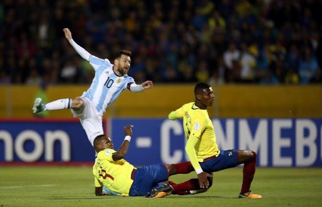 Messi - Argentina bỗng tuyệt đỉnh thăng hoa: Nhờ phù thủy làm phép? - 1