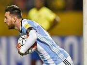 """Bóng đá - Messi hóa """"Thánh"""", lập hat-trick tỏa sáng rực rỡ cứu rỗi Argentina"""