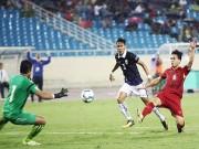 """Công Phượng thắng  """" Messi Campuchia """" : Ngập tràn lời khen, đừng quen ảo tưởng"""