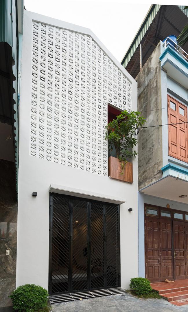 """Căn nhà này có tên là """"Đàm Lộc House"""". Đây là tổ ấm của một gia đình trẻ ở tỉnh Hải Dương."""