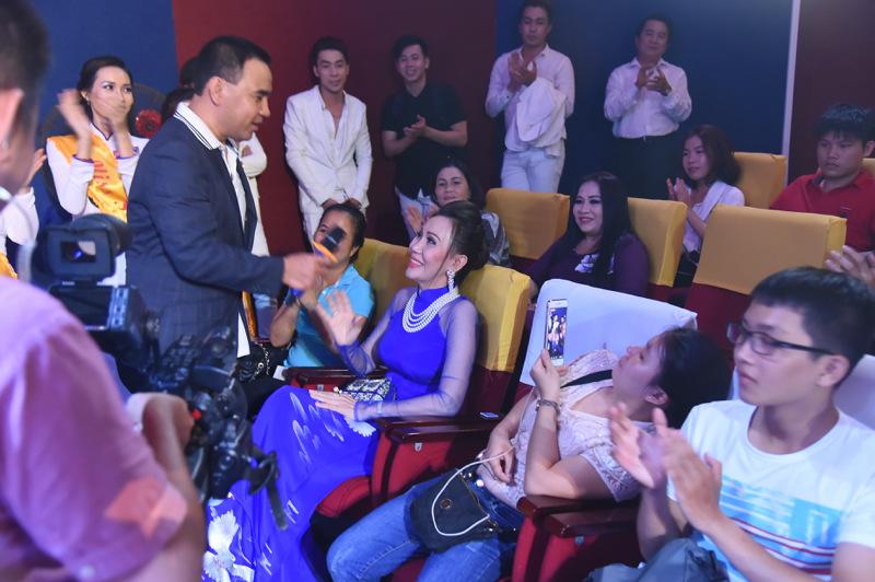 Phi Thanh Vân công khai bạn trai doanh nhân - 9