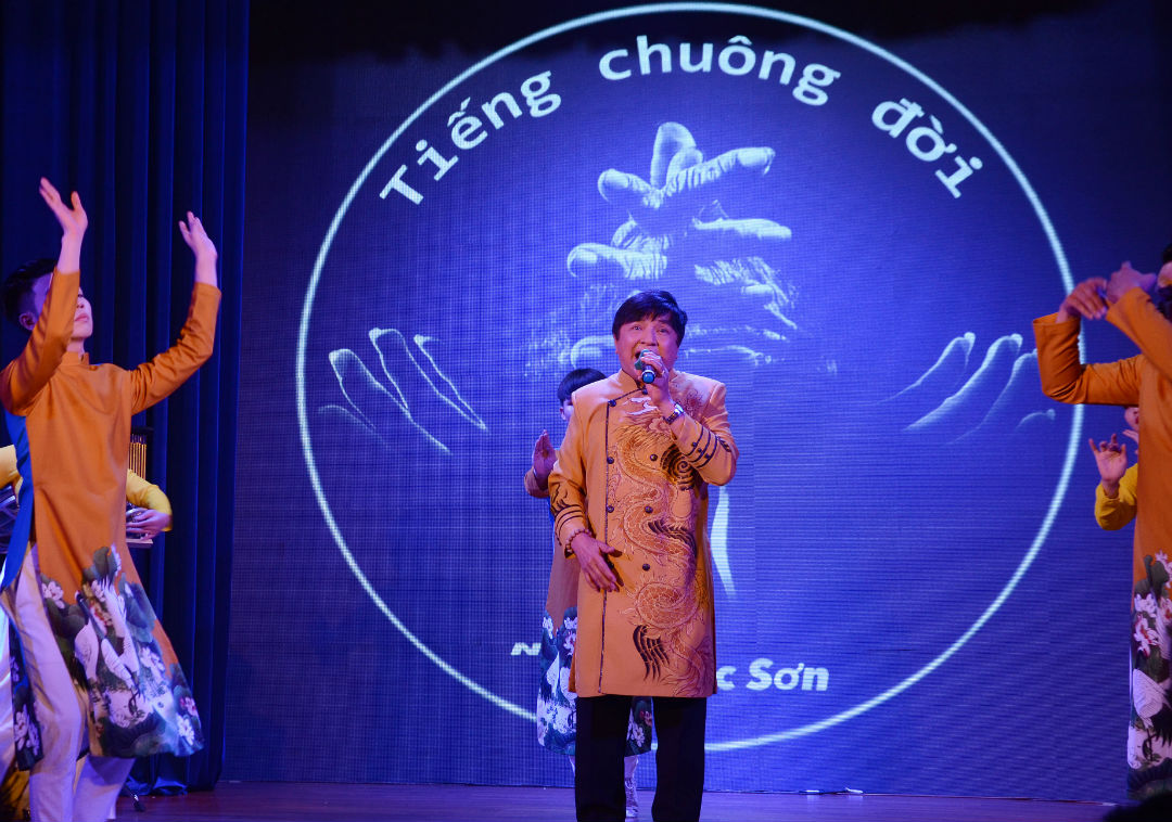 Phi Thanh Vân công khai bạn trai doanh nhân - 10