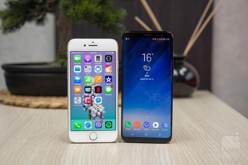 So sánh iPhone 8 với Galaxy S8: Cuộc đua không cân sức - 1