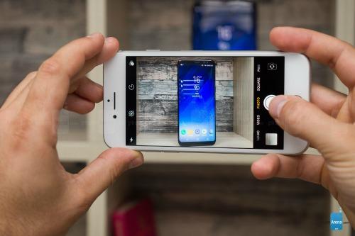 So sánh iPhone 8 với Galaxy S8: Cuộc đua không cân sức - 9