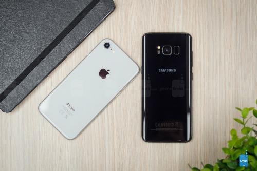 So sánh iPhone 8 với Galaxy S8: Cuộc đua không cân sức - 12