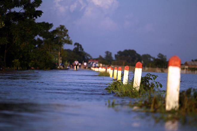 Cận cảnh vỡ đê ở Chương Mỹ, nhiều khu vực chìm trong biển nước - 21
