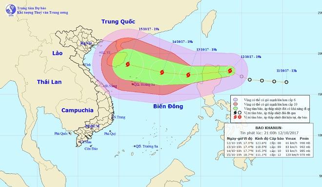 Bão giật cấp 10 tăng tốc, hướng vào Biển Đông - 1