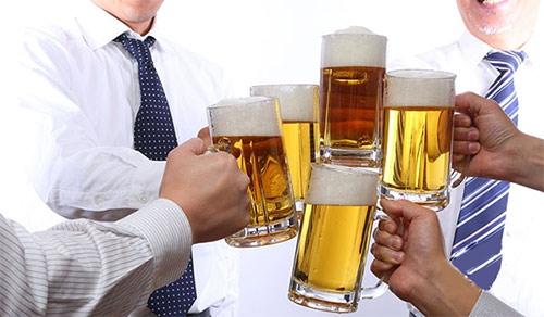 Bí kíp của người Nhật giúp thoát viêm đại tràng do uống rượu bia - 1