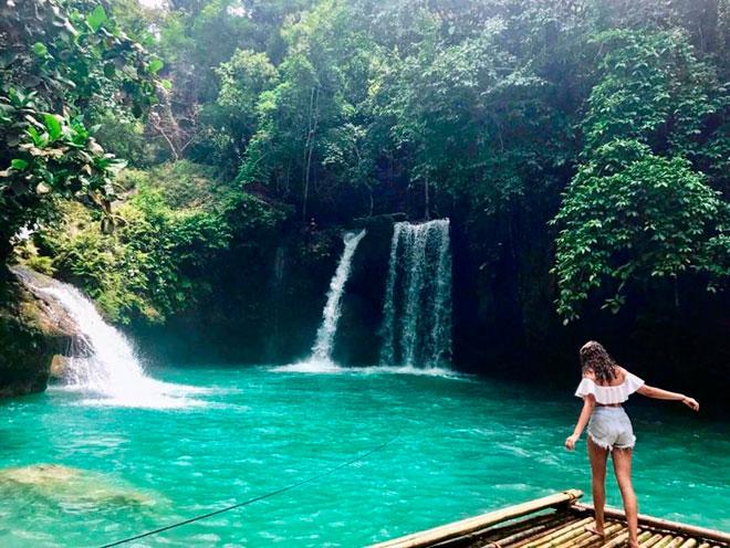 Dạo chơi thác nước đẹp như tiên cảnh ở Philippines - 4