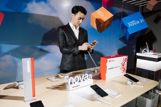 Rocker Nguyễn trở thành Đại sứ hình ảnh cho Huawei nova 2i - 2