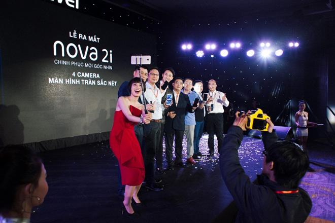 Rocker Nguyễn trở thành Đại sứ hình ảnh cho Huawei nova 2i - 3