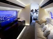 Choáng ngợp với nội thất sang trọng của máy bay tư nhân lớn nhất thế giới
