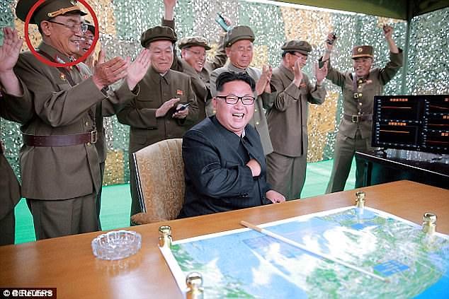 """""""Ông trùm"""" tên lửa Triều Tiên bất ngờ """"biến mất"""" - 1"""