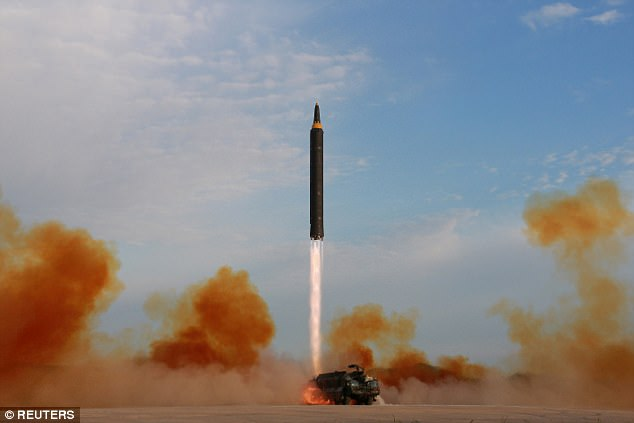 """""""Ông trùm"""" tên lửa Triều Tiên bất ngờ """"biến mất"""" - 3"""