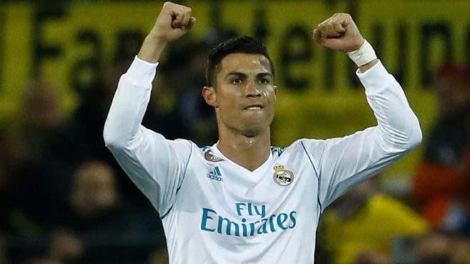 Ronaldo và tháng 10: Như cá gặp nước, quyết bắt kịp Messi giày Vàng - 1