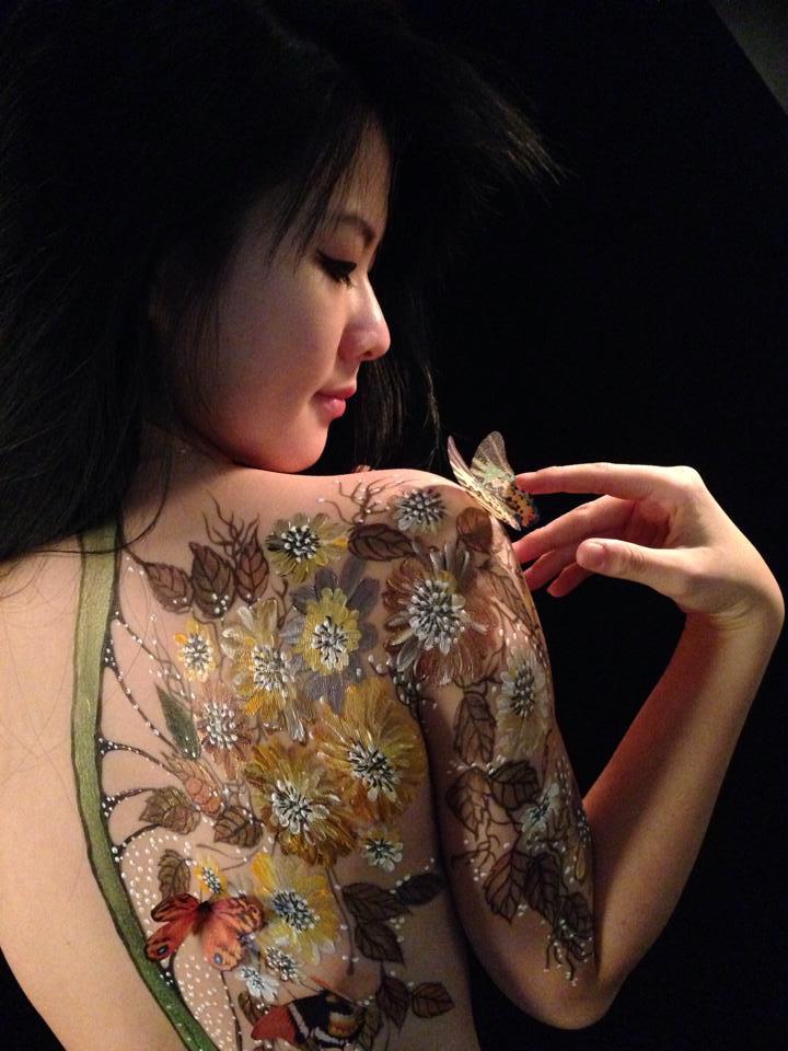 Cô gái Sài Gòn làm mẫu khỏa thân vẽ lên người kể sự thật về nghề - 4