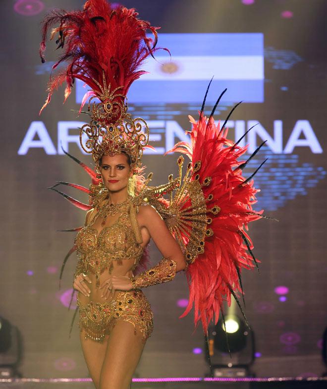 Quốc phục như bikini áp đảo hoàn toàn tại Hoa hậu Hòa bình - 8