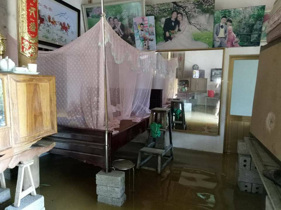 Chương Mỹ - Hà Nội: Làng mạc biến thành sông, dân vật lộn trong biển nước - 6