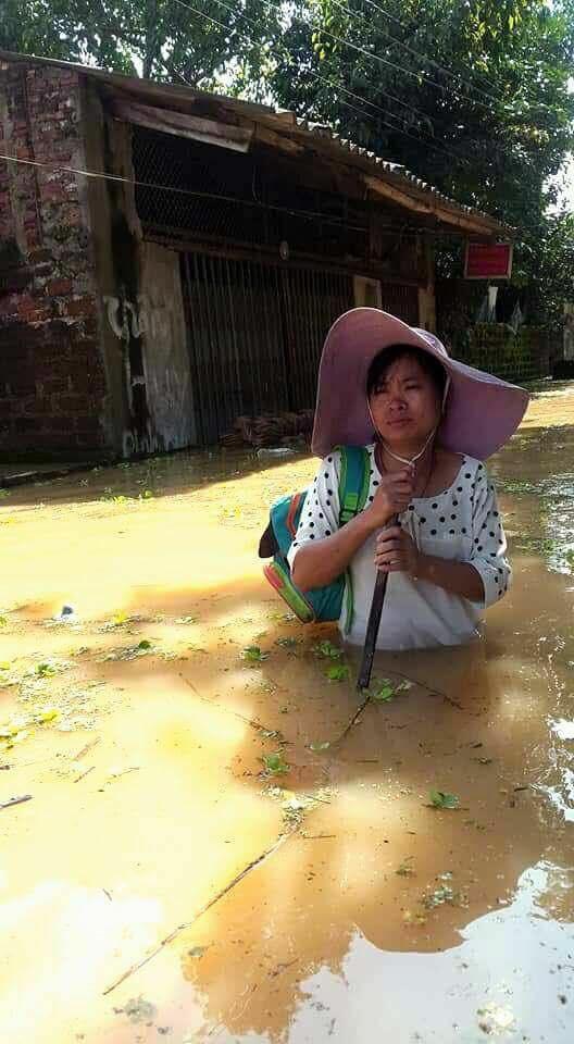 Chương Mỹ - Hà Nội: Làng mạc biến thành sông, dân vật lộn trong biển nước - 8