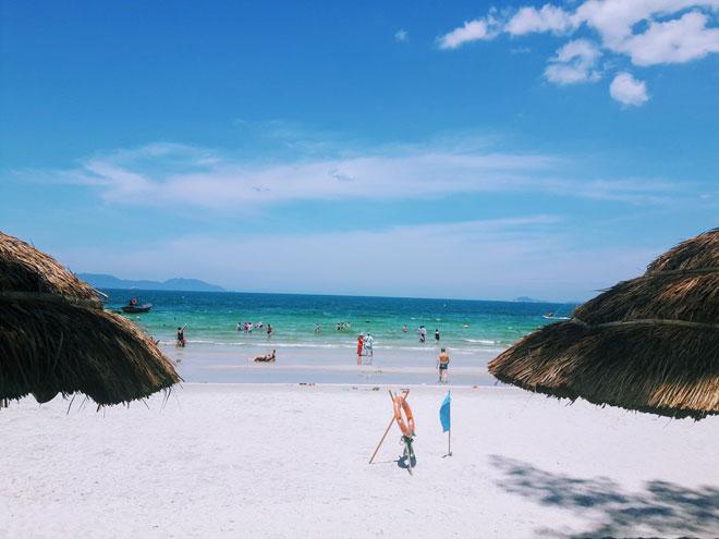 """Ở Nha Trang có một bãi biển đẹp """"thần sầu"""", chẳng kém gì Hawai - 5"""