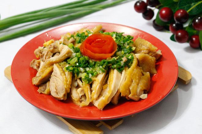 Thịt gà hấp mỡ hành mềm ngọt, béo ngậy ngon không cưỡng nổi - 1