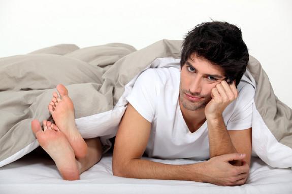 """8 điều anh chồng nào cũng cực kỳ ghét khi """"yêu"""" - 1"""