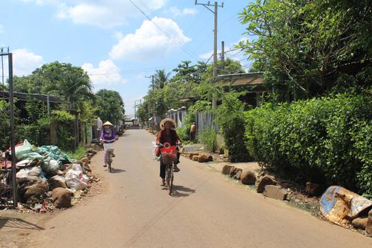 Làng xóm lại nháo nhào trước thông báo của BOT Biên Hòa - 7