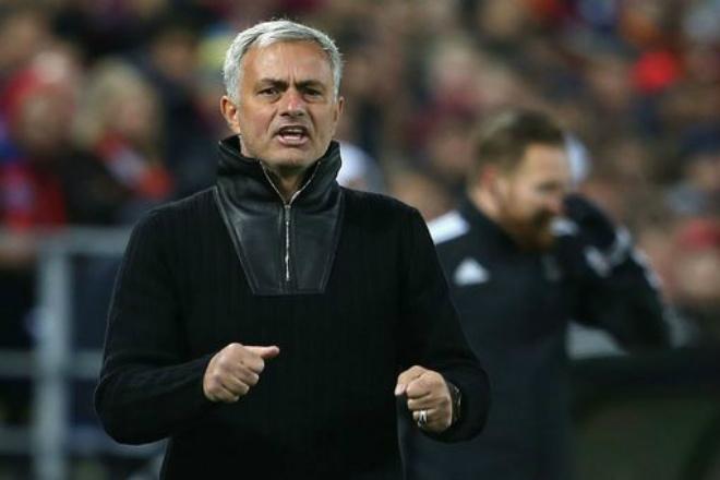 """Họp báo Liverpool - MU: Mourinho đá """"9 tiền đạo"""" giành 3 điểm, lo Klopp bị sa thải - 1"""