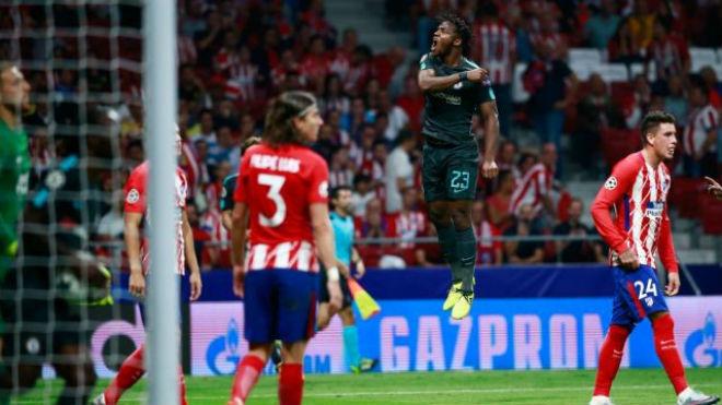"""Atletico Madrid – Barcelona: Messi bùng nổ, công phá """"pháo đài"""" mới - 2"""