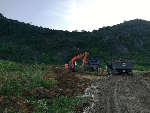 Chùm ảnh: Tiêu hủy gần 6.000 con lợn chết trong lũ tại Thanh Hoá - 7