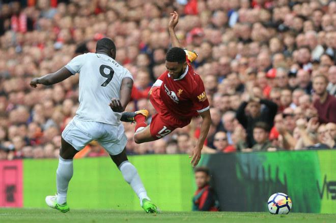 """MU """"ru ngủ"""" hòa Liverpool: Lukaku bị chê """"vô hại"""", đáng nhận thẻ đỏ - 1"""