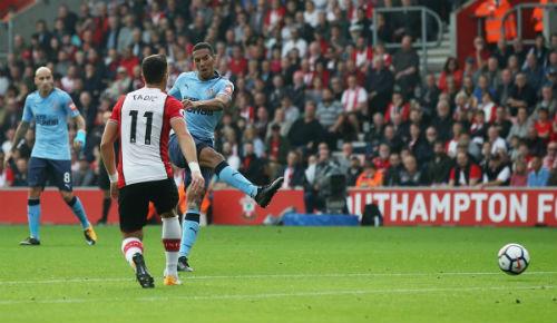 Chi tiết Southampton - Newcastle: Bất ngờ nối tiếp bất ngờ (KT) - 3