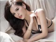 """""""Thánh nữ Mì Gõ"""" khoe dáng gợi cảm với nội y ren HOT nhất tuần"""
