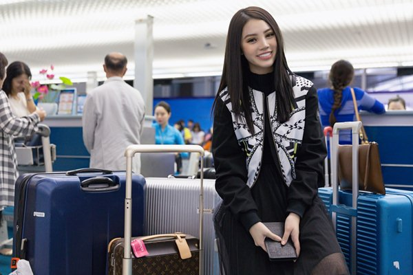 """""""Tiểu thư hội con nhà giàu Việt"""" chi gần 1 tỷ cho đồ hiệu đi Seoul Fashion Week - 3"""