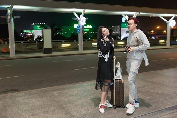 """""""Tiểu thư hội con nhà giàu Việt"""" chi gần 1 tỷ cho đồ hiệu đi Seoul Fashion Week - 6"""
