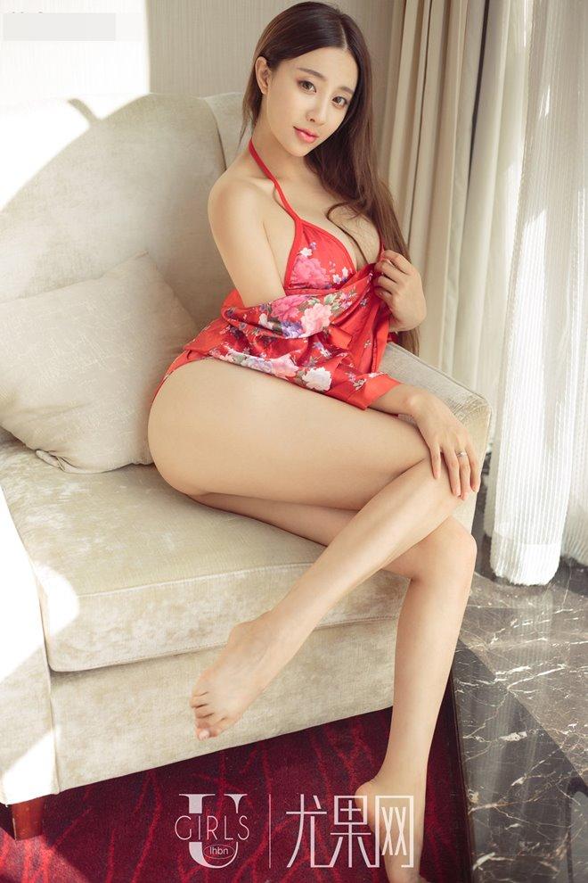 """Từ gái quê, mỹ nhân này vụt trở thành """"thánh nữ siêu vòng 1"""" của Trung Quốc - 5"""