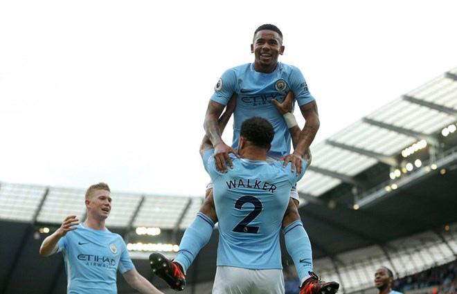 """Tổng hợp Ngoại hạng Anh vòng 8 rực lửa: MU """"tàn nhẫn"""", Man City tuyệt đỉnh - 2"""
