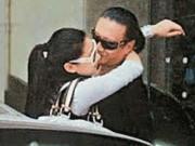 Ông bố U90 có bạn gái kém 49 tuổi của Tạ Đình Phong hé lộ cuộc sống thực