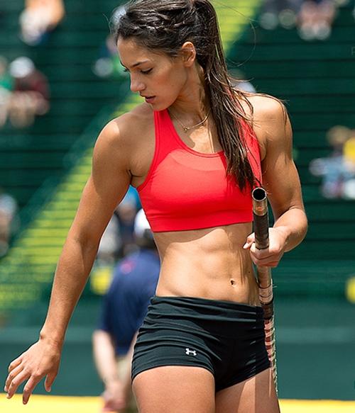 Thật tiếc khi nữ vận động viên này không đi thi Hoa hậu - 7