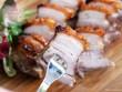 Chỉ cần thêm thứ này, món thịt heo quay sẽ giòn rụm ngon tuyệt hảo