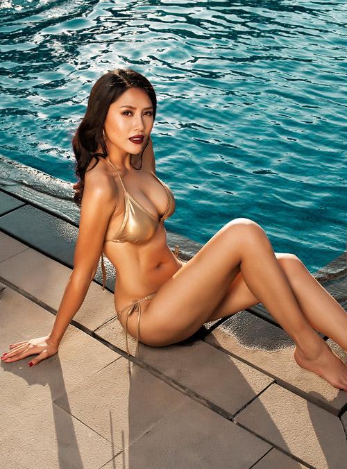Quá bất ngờ với danh tính cô gái Việt dự thi Hoa hậu Hoàn vũ (thế giới) 2017 - 1