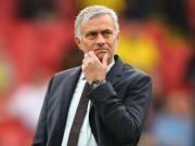 """MU """"xấu xí"""": Bị phản đối, Mourinho không mơ gắn bó trọn đời"""