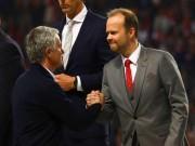 """Mourinho tính bỏ MU: Khó ở vì bị sếp lớn """"chọc ngoáy"""""""