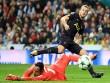 Tin HOT bóng đá trưa 18/10: Tottenham bị đánh cắp chiến thắng trước Real