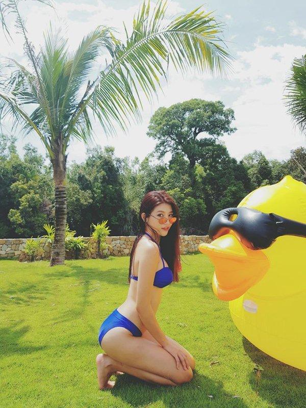 Nếu được tặng bikini vào ngày 20.10, các chân dài Việt phản ứng thế nào? - 3
