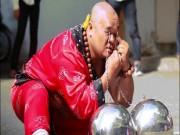 Video: Rùng mình xem bậc thầy kung-fu VN xác lập kỷ lục TG