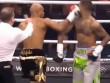 """Boxing: Võ sỹ """"chơi bẩn"""" đấm trộm, hả hê 1 giây ăn năn cả đời"""