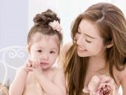 """Hơn 3 tuổi, con gái Elly Trần """"bắn"""" tiếng Anh cực ngọt"""