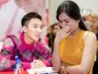 Chị gái cậu bé bị ung thư khóc nức nở khi gặp Sơn Tùng