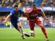 """Chelsea thoát hiểm ngoạn mục nhờ đối phương hóa """"chân gỗ"""""""